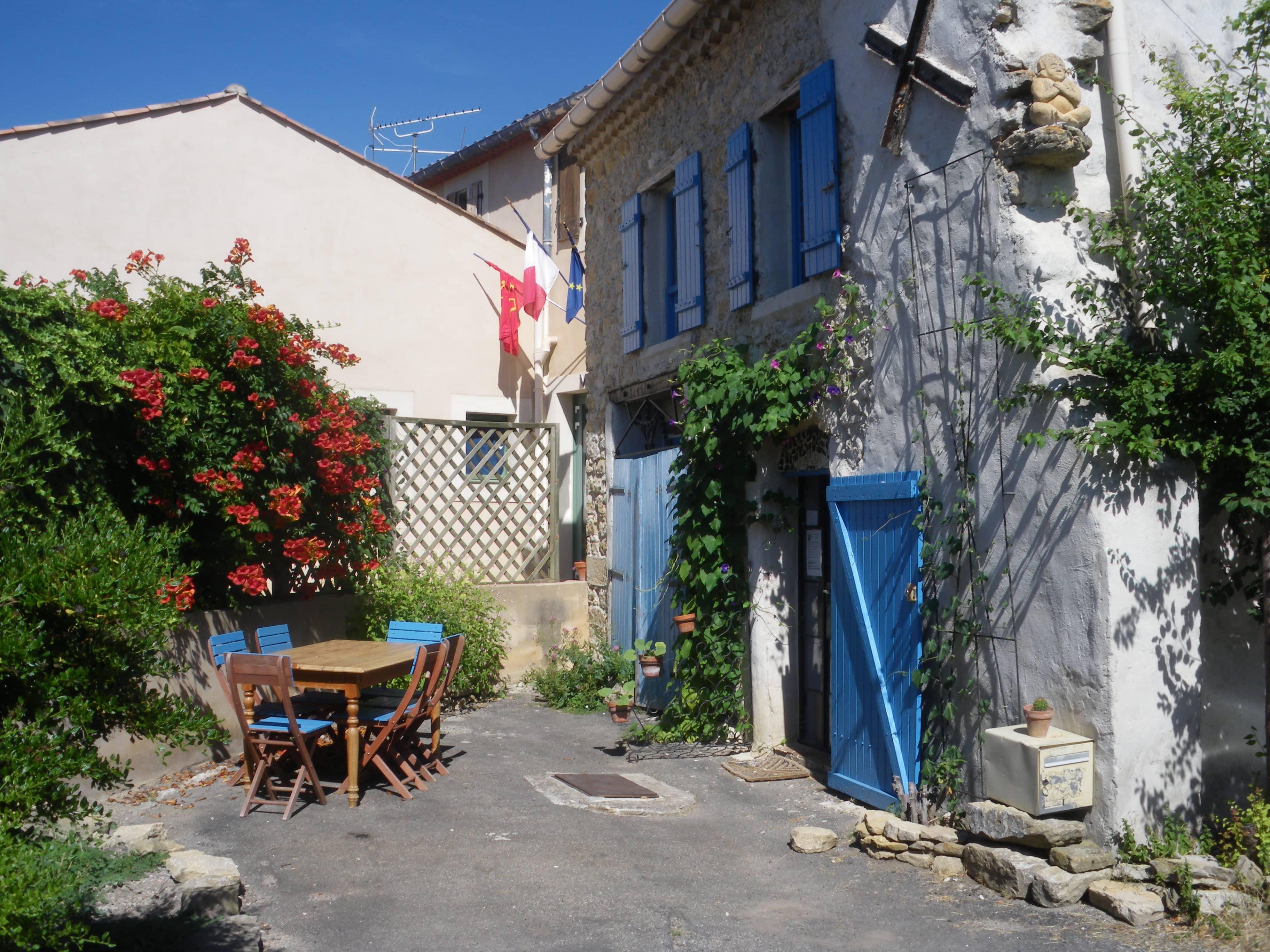 La maison Bleue Rennes le château, chambre d'hôte